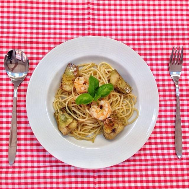 Espaguetis-con-alcachofas